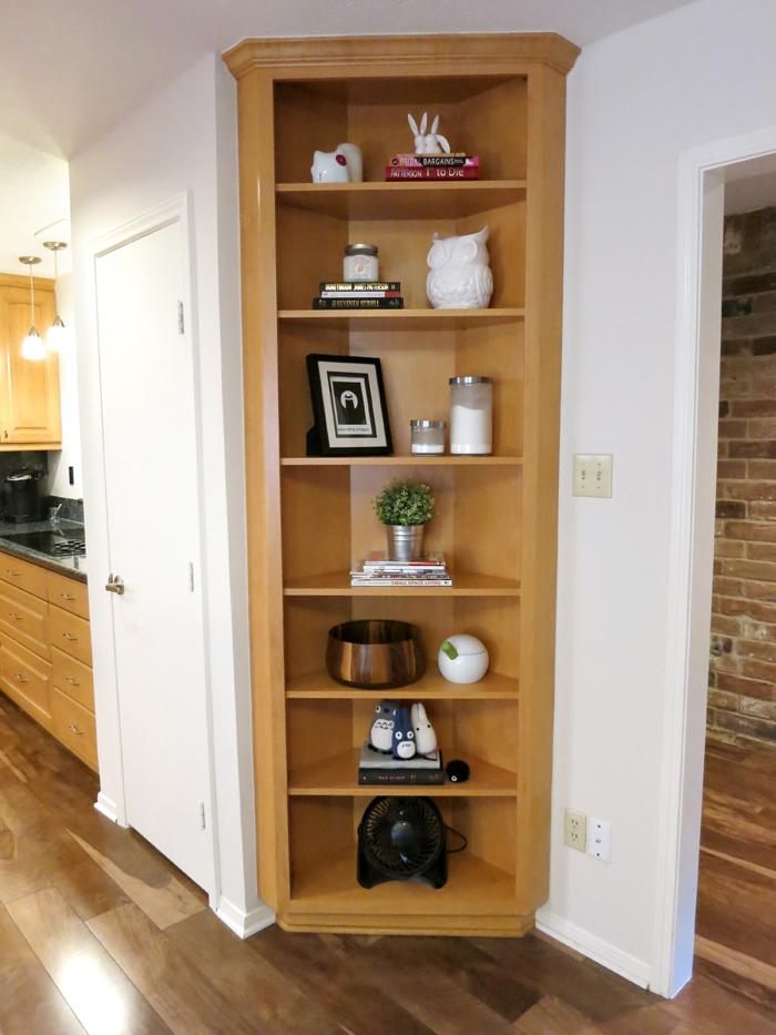 Styling Shelves On The Cheap (Part I) - evanandkatelyn.com