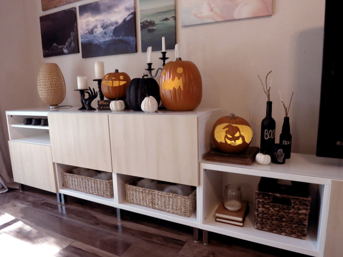 Halloween Decor Ideas- evanandkatelyn.com