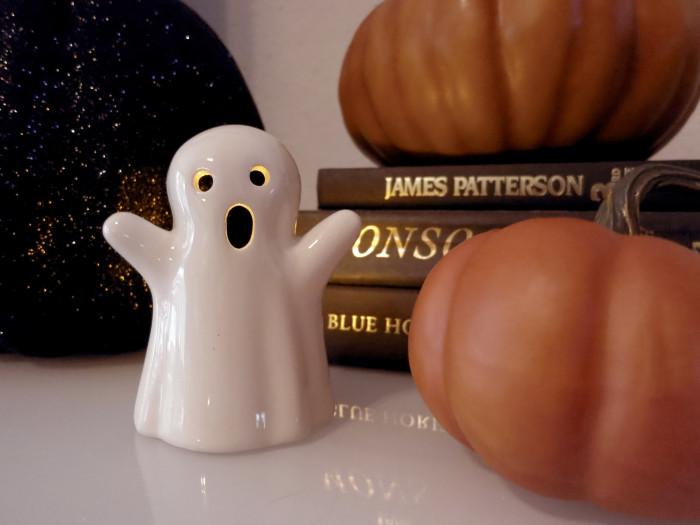 Halloween Decor Ideas- evanandkatelyn.com