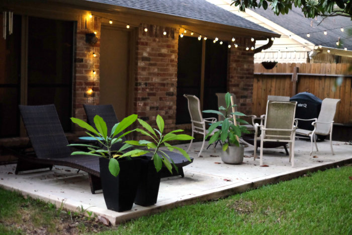 Simple Patio Inspiration - evanandkatelyn.com