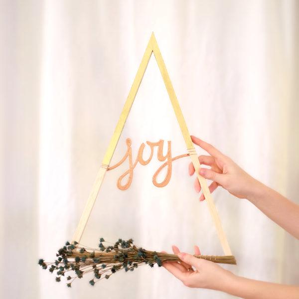 Modern Triangular Wreath - evanandkatelyn.com