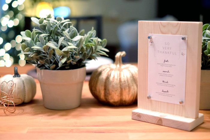 DIY Tabletop Menu + Thanksgiving Printable - evanandkatelyn.com