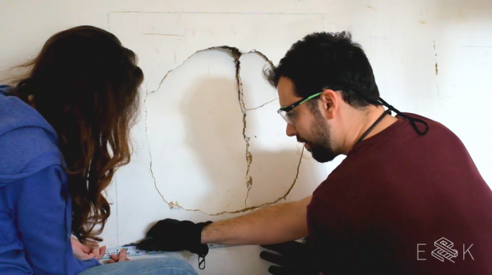 How to patch and repair drywall - evanandkatelyn.com